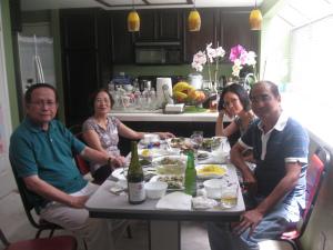 Từ trái: Lữ Quỳnh - Kim Nhung - Quỳnh Như - Nguyễn Quang Chơn San Jose, June 28, 2015 - Ảnh: NQD